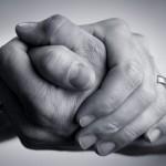 駐在員の秘密:アメリカ人との握手で日本人がする致命的な間違いとは?