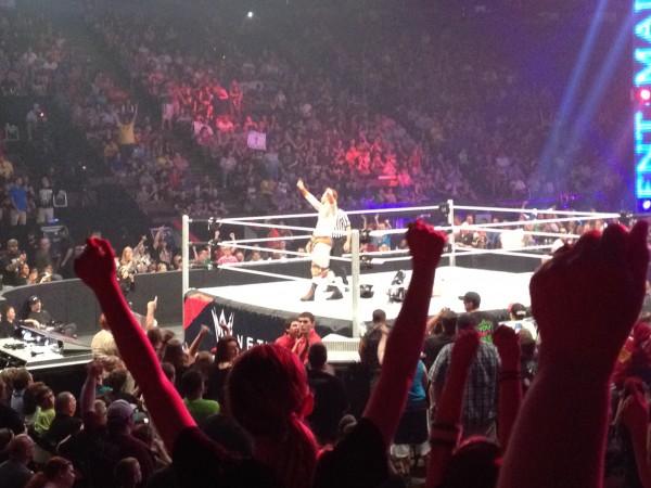 アメリカに住んでるなら一度は行って!WWEのスマックダウンは生で観戦するべき!