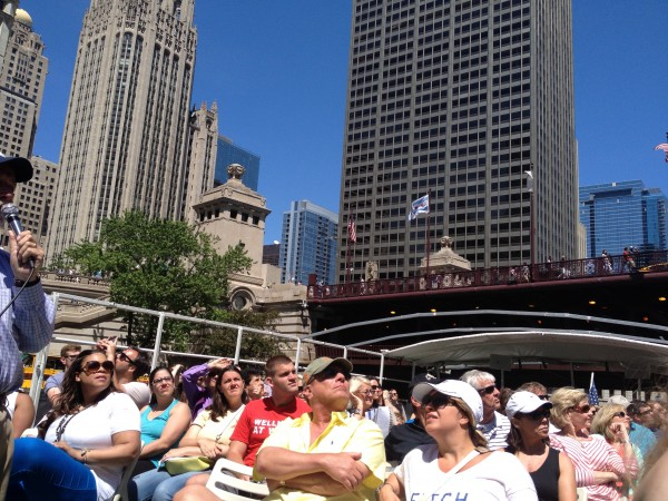 chicago river cruise tour