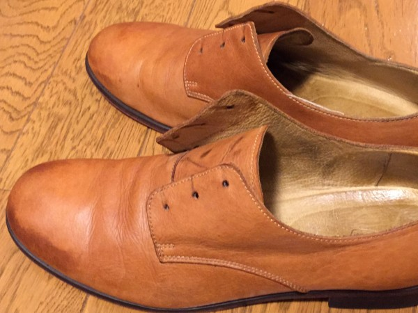 雨でシミになった革靴のケア
