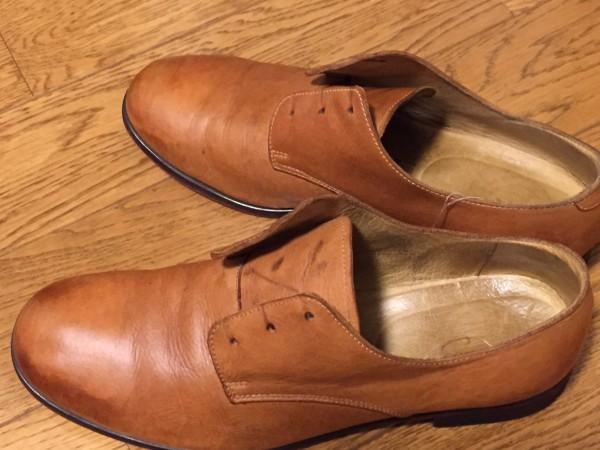 雨でシミになった革靴のケア方法