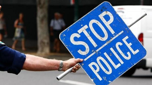 アメリカで警察に止められる