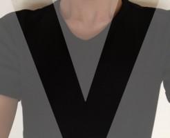 胸毛が見えないVネック